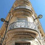 Pignon du bâtiment ancien Du Gesclin