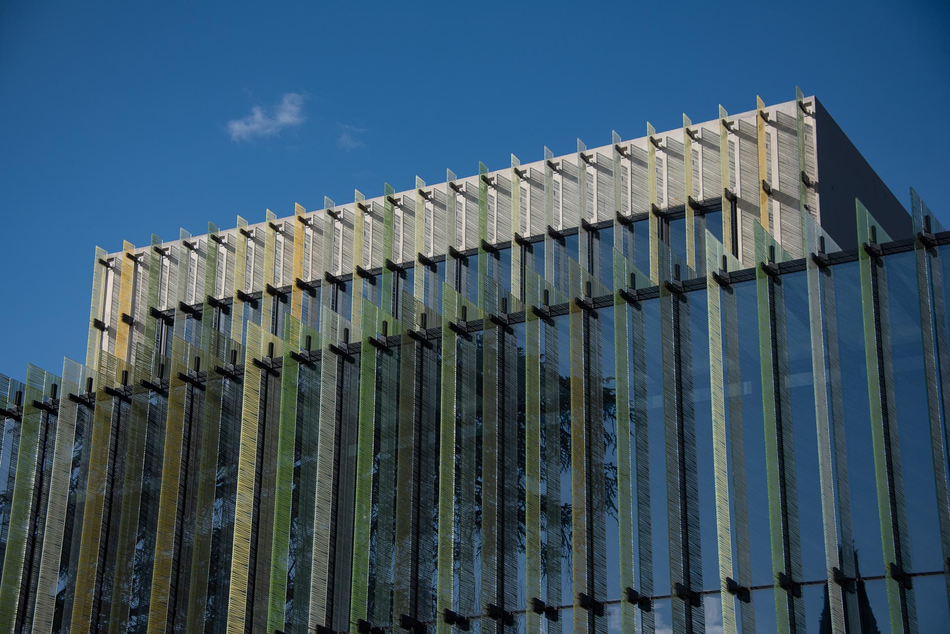 lasure béton - Façades du Conservatoire de Montpellier